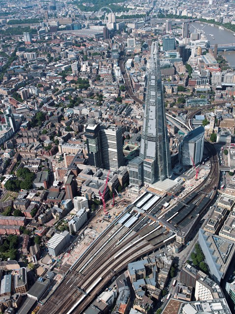 Thameslink Programme - Old aerial picture of London Bridge (2013)