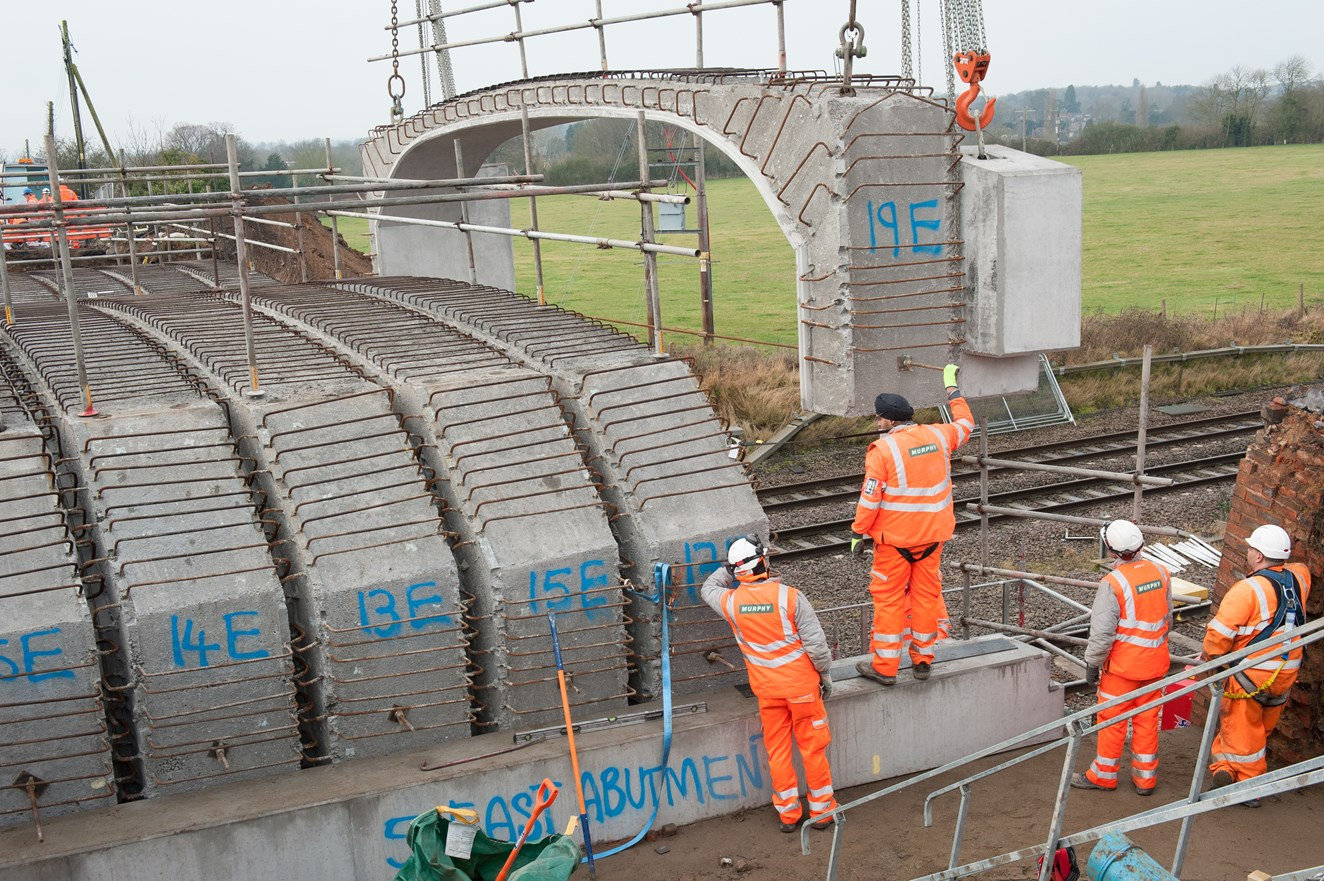 Better, faster, quieter rail journeys get a step closer as major bridge work near Bedford finishes early: Engineers rebuild Templars Way bridge in Bedfordshire