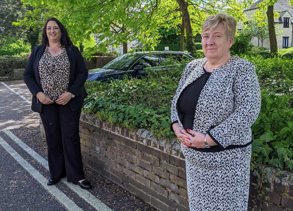 Michele Mead and Jane Doughty cropped
