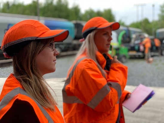 HS2 contractor supports small businesses to win work to build Britain's new railway: 3Squared staff on HS2 site