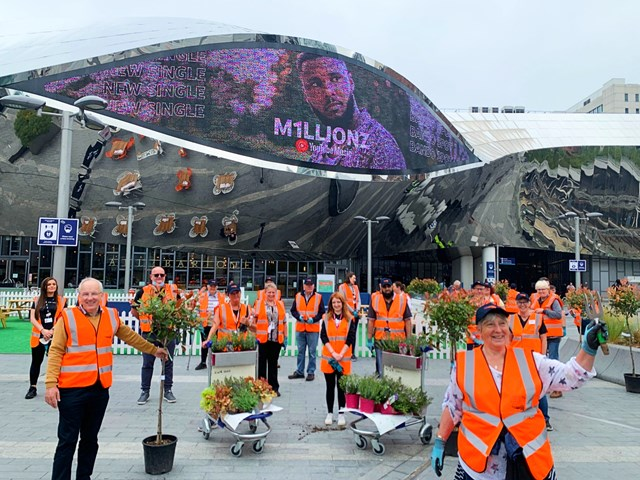 Socially distanced group shot of the volunteers at Birmingham New Street