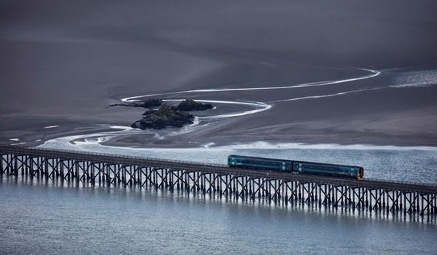 World class photography exhibition embarks on journey of UK stations: Jon Martin's winning entry