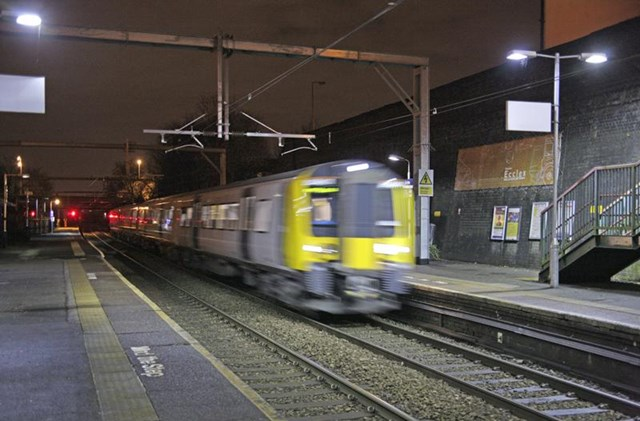 NW electrification: first train travelling through Eccles 8 Dec 2013
