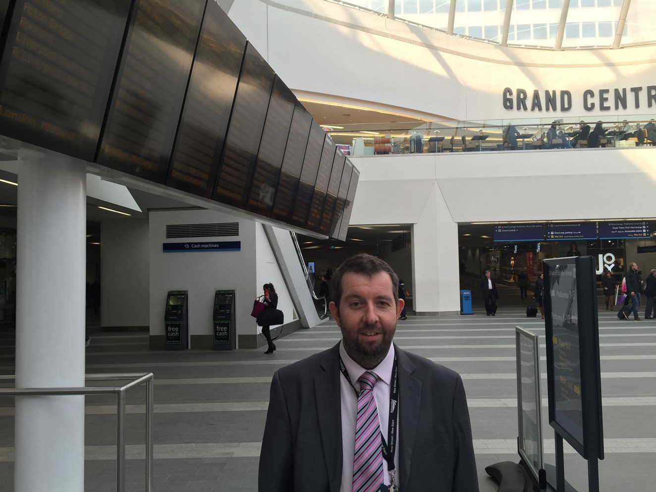 'Ta ra, bab' – Birmingham New Street loses its voice as station announcer moves on after 30 years: Andy Smith