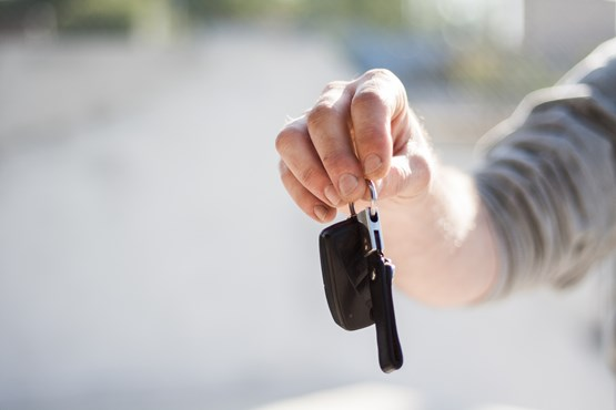 Keyless car theft warning issued by police: pexels-negative-space-97079