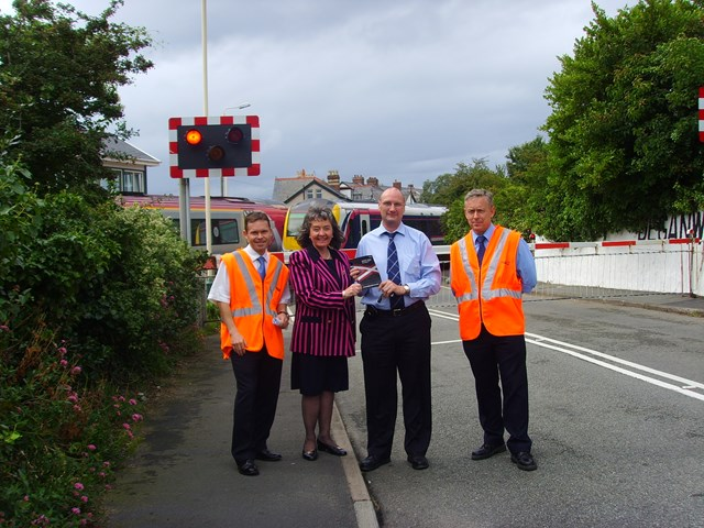 Don't Run the Risk: Awareness day at Deganwy level crossing.