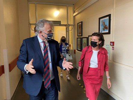Minister Eluned Morgan with CEO Mark Hackett at Singleton Hospital