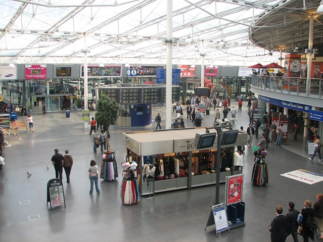Customer satisfaction at 95% for commuters at Manchester Piccadilly station: Manchester Piccadilly Station