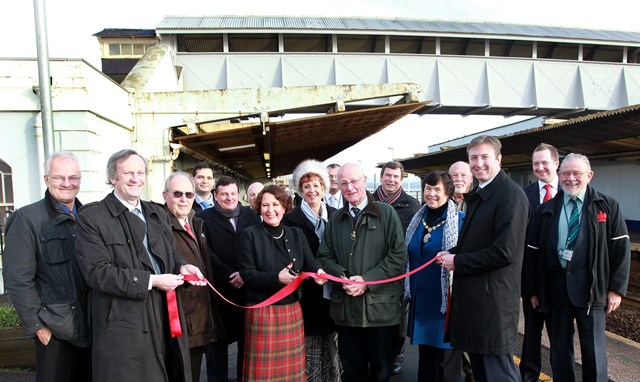MP opens Dawlish station footbridge: Newton Abbot MP opens Dawlish Station footbridge