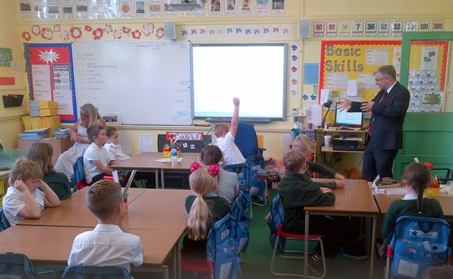 Essex school children get a taster of 40 years in the railway industry during career talks: Mpale Grove career session