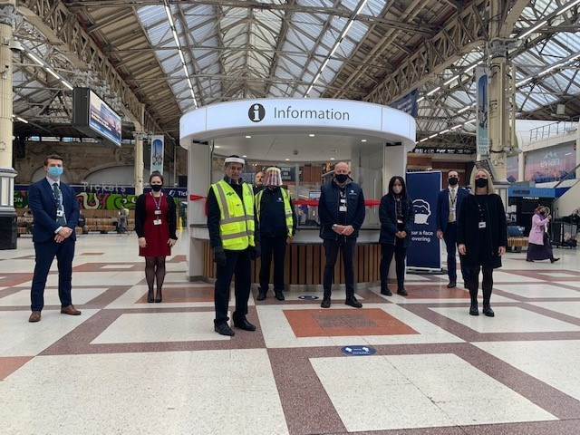 New Customer Information Points enter service on Victoria Station concourse: Victoria customer information  (3)