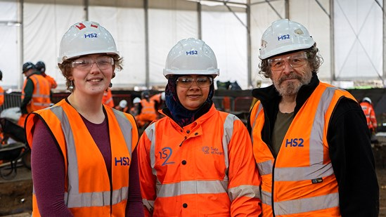 HS2 unearths new opportunities for trainee archaeologists: Archaeology trainees