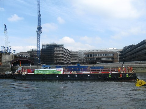 Blackfriars station - Thames takes the strain (2)