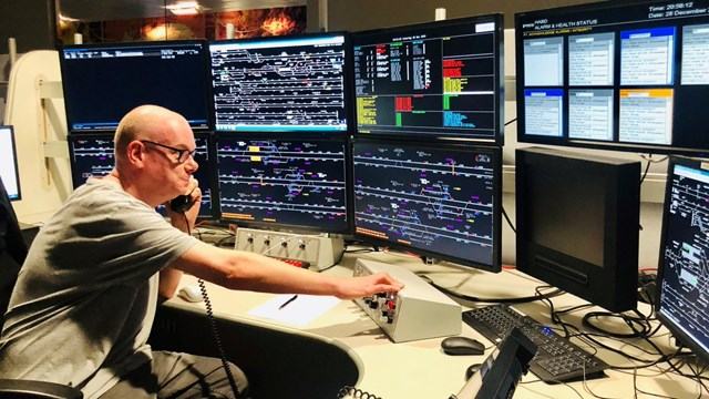 Scotland's Railway appeals for former signallers to help keep vital services moving: Signaller, West of Scotland Signalling Centre