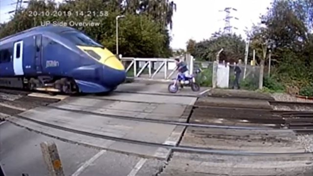 VIDEO: Shocking footage shows near miss with high speed train near Gravesend: Shornemead still