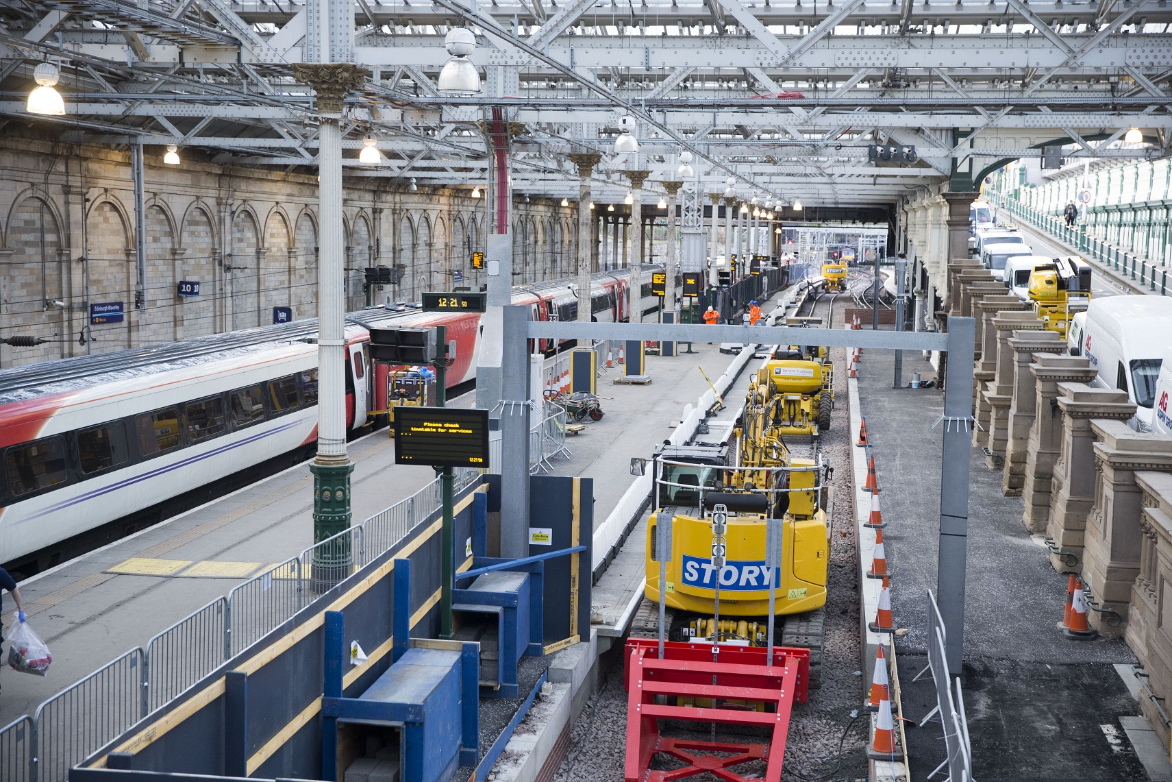 New Platform Arrives For Edinburgh Waverley Passengers