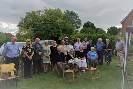 Attendees to the Garden Party at Tibberton Almshouses - 16.9.21-2