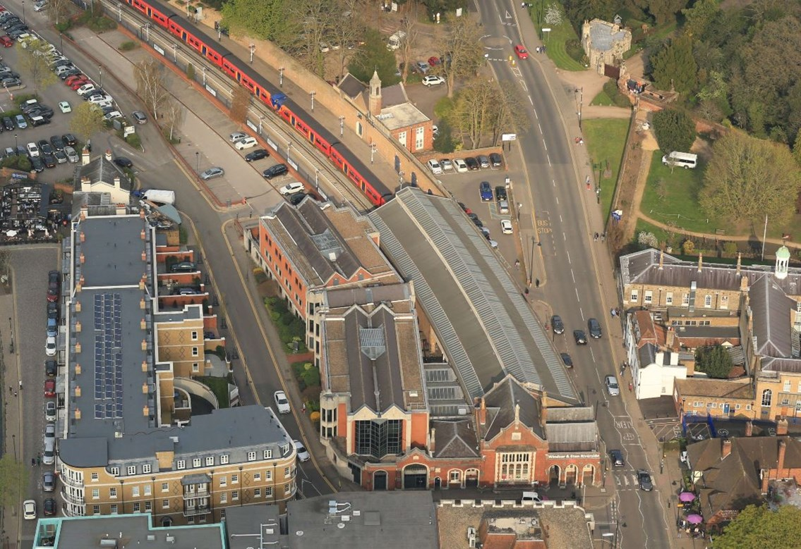 Six day closure between Staines and Windsor & Eton Riverside to prepare for major signalling upgrade: Windsor aerial view