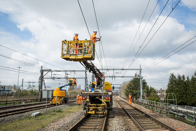Network Rail sets out £multi-billion plan for a bigger and better railway in the Anglia region: Chadwell Heath - overhead line upgrades Easter 2015 02