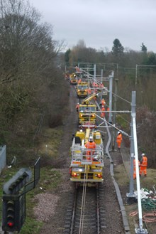 Overhead line upgrades at Shenfield December 2015  (1)
