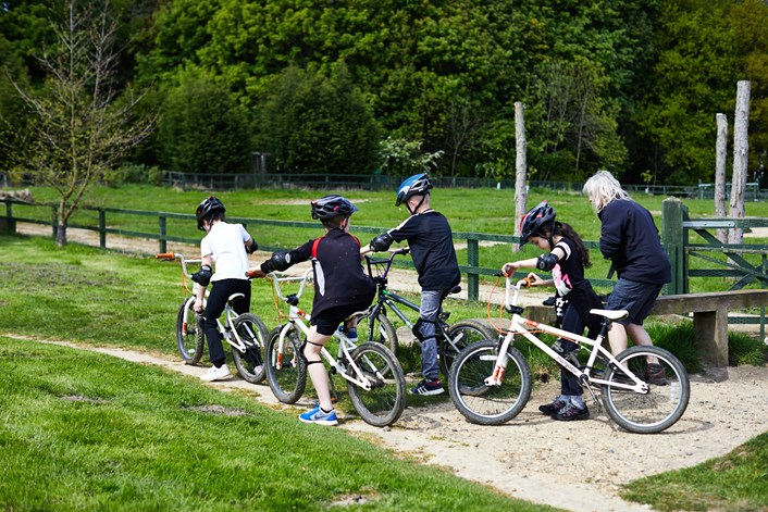 Leeds pupils bring 400 mile Yorkshire school cycle relay to a close: 4childrenonbikes1adult.jpg