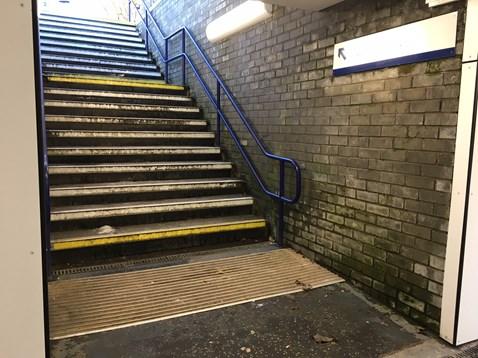 Kilmarnock station Platform 4 stairs