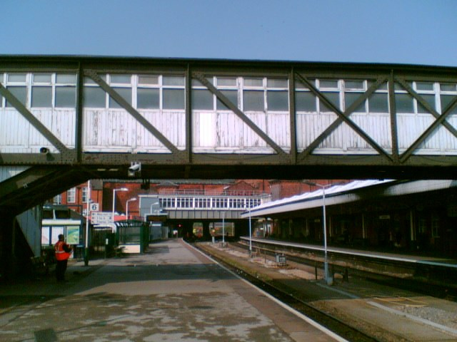 Nottingham station footbridge_002: .