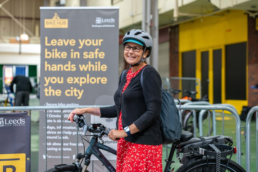 New Connecting Leeds pop-up bike hub opens to public: CYCLING HUB KIRKGATE©LizzieCoombes2020-13
