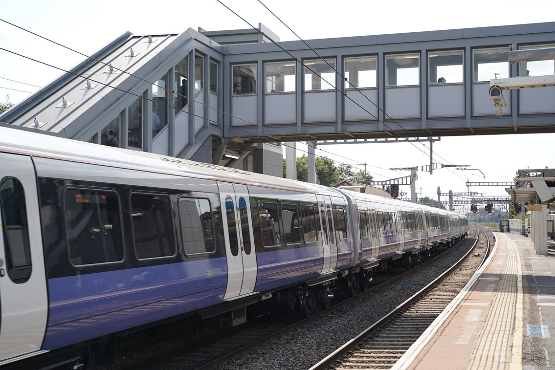 TfL Image - PN076 - West Drayton platforms and new footbridge with lifts