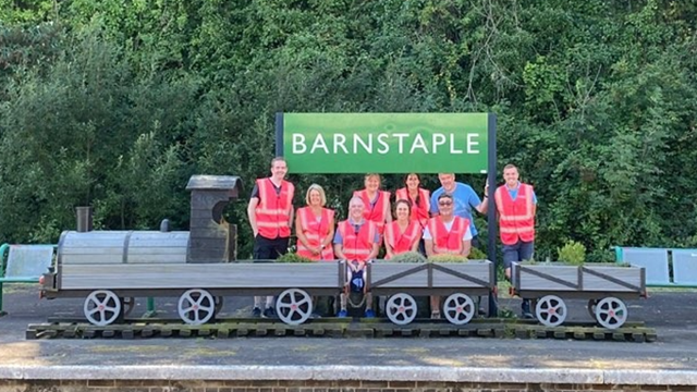 Volunteers come together to spruce up Barnstaple station: Barnstaple Station Volunteers