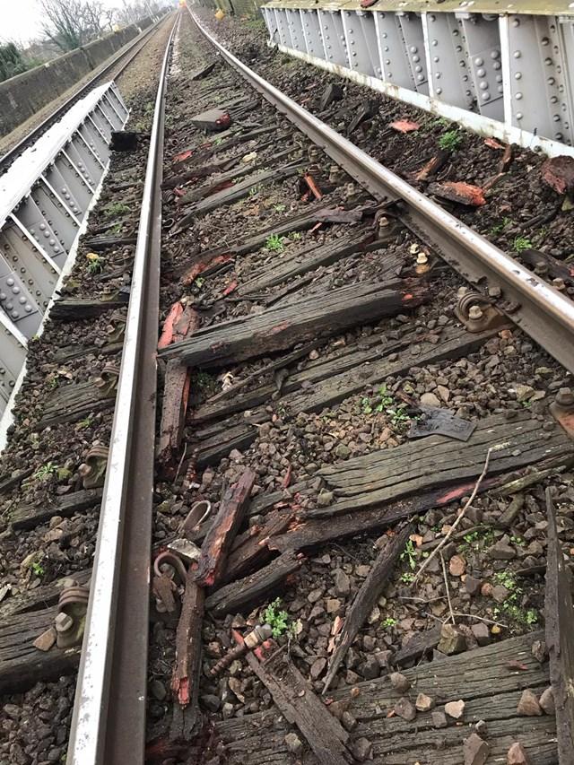 UPDATE: Gospel Oak to Barking line freight derailment (Monday 27 January): Gospel Oak to Barking derailment damage 1