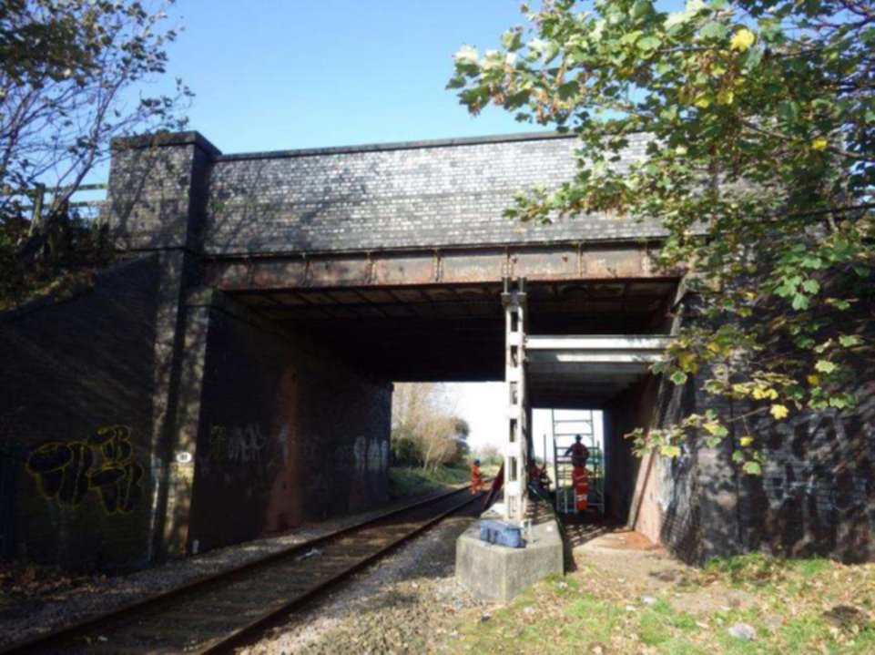Lytham St Annes railway bridge to be rebuilt: Highbury Road Bridge trackside work week one January 2019