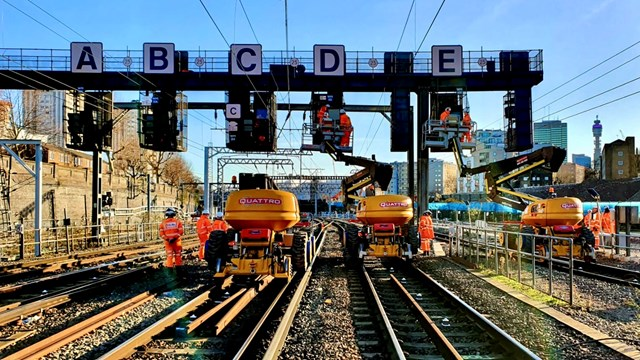 Passengers to benefit from a better railway after Christmas and New Year work: Signalling work taking place at Euston over Christmas 2019