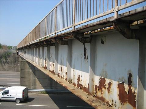 Surface paint of railway bridge corroded