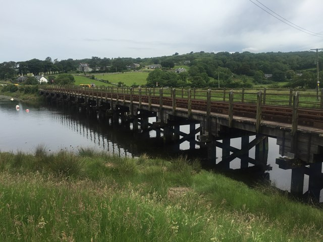 Passengers along the Cambrian Coast urged to check before travelling: The essential renewal work to the River Artro viaduct will ensure it remains safe and reliable long into the future