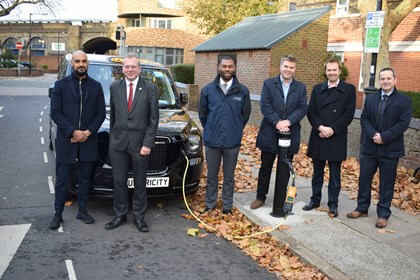 Siemens and ubitricity rollout first London EV charging points: Group photo