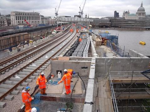 New Blackfriars roof & track being built, November 2010