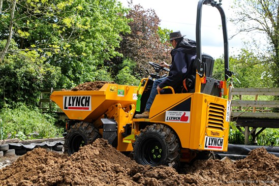 Lynch supports Iver Environment Centre