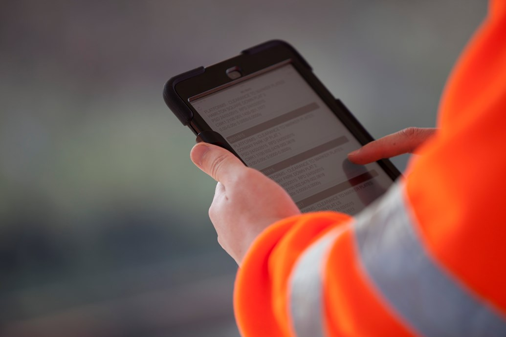 Network Rail streamlines procurement process to encourage SMEs: NETWORK RAIL - 474