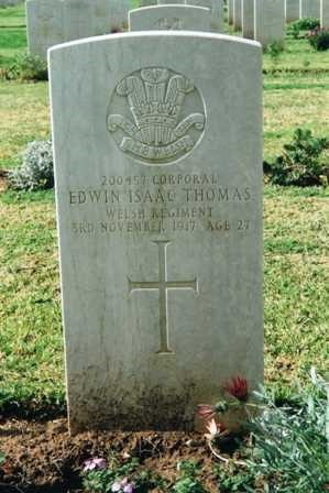 Edward Isaac Thomas gravestone