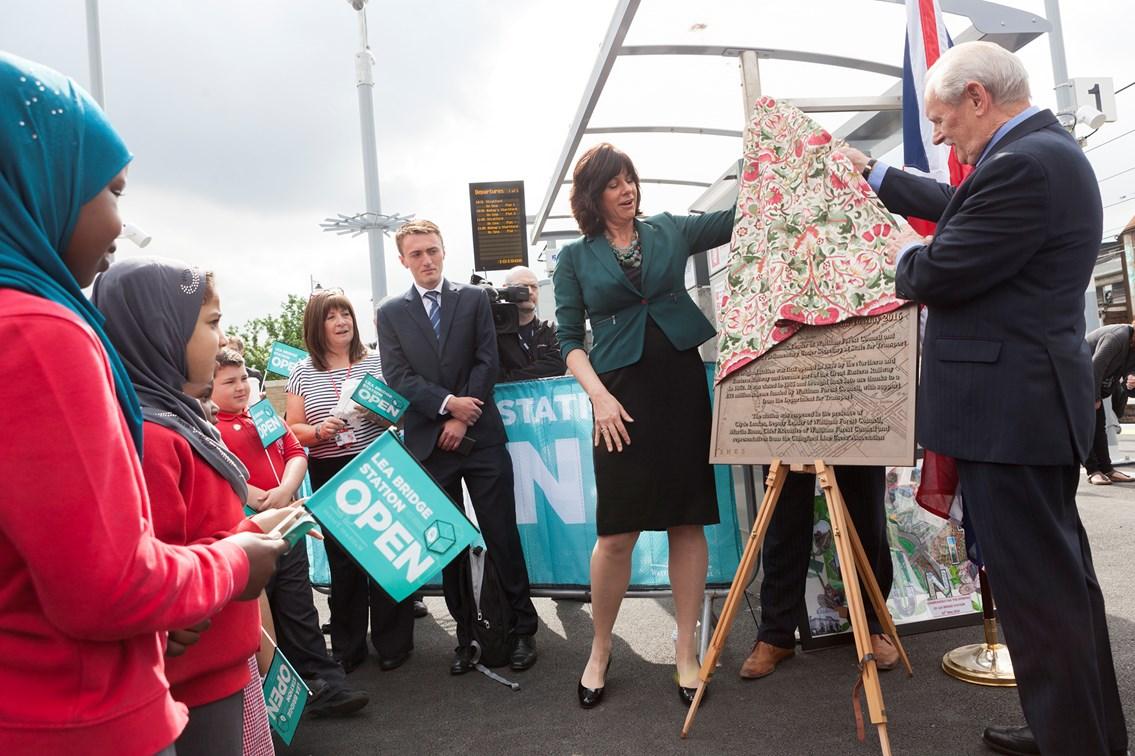 Lea Bridge unveiling of the plaque