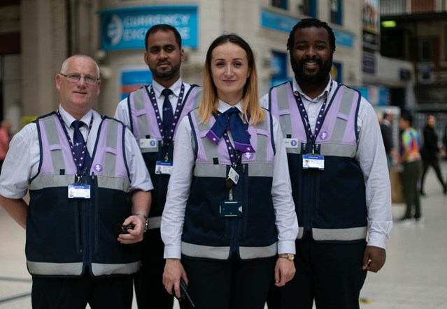 Record leap in passenger satisfaction at Britain's second busiest station as Network Rail and train operators come together as 'Team Victoria': Team Victoria (2)