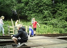 Network Rail and British Transport Police issue further warning in East Midlands as new images show children dicing with death at level crossing 2