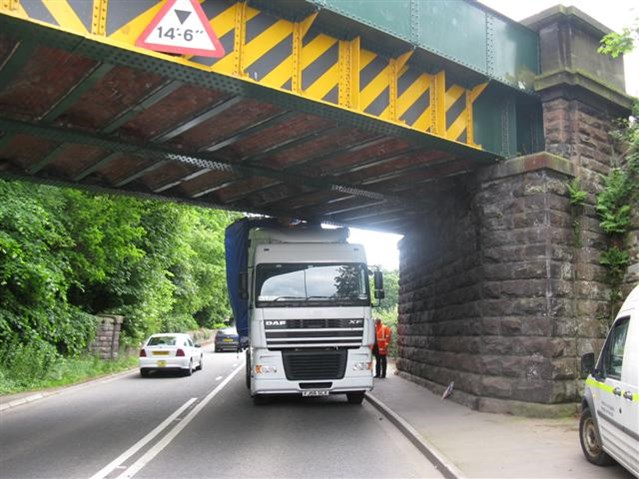 Shocking footage shows why lorry drivers need to know the height of their vehicles: Frodsham bridge strike 08 06 09