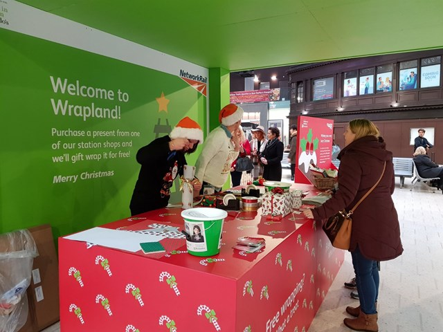 Network Rail has Christmas wrapped up for Waterloo station shoppers: Wrapland - Glasgow Central booth 3
