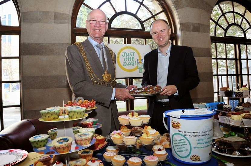 City comes out in force to support Lord Mayor's 'Just one day' campaign: tomriordanandlm.jpg