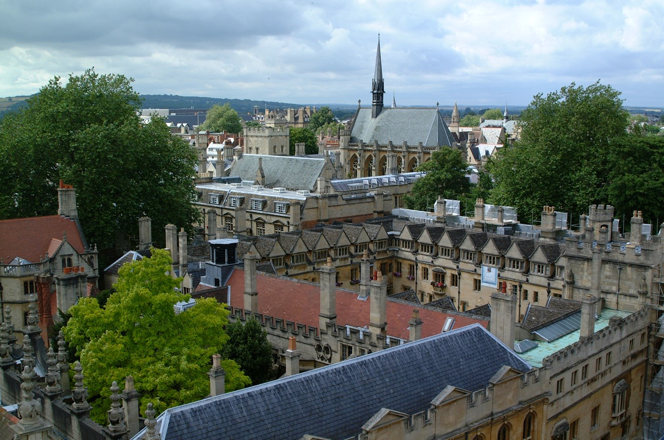 Siemens and University of Oxford partner to deliver research into energy management for the University campus: ExeterBrasenose01
