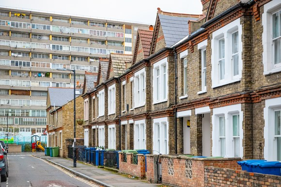 Applications open for London Councils' Grants programme to support London's most vulnerable residents: iStock-903861978