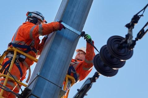Power supply upgrade on the East Coast Main Line