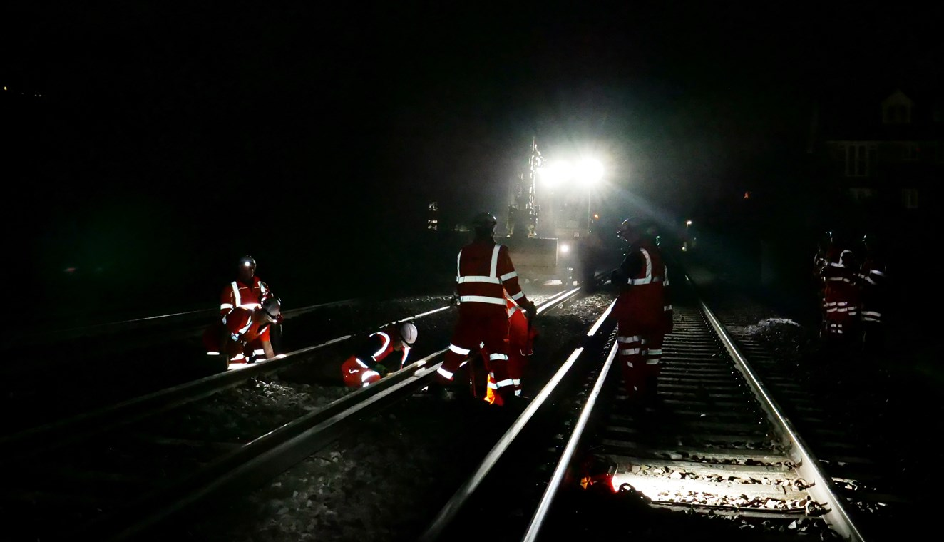 Check before you travel in the South East this late May bank holiday as Network Rail improvement work continues – especially in South London: Brighton Main Line improvement work, early May Bank Holiday